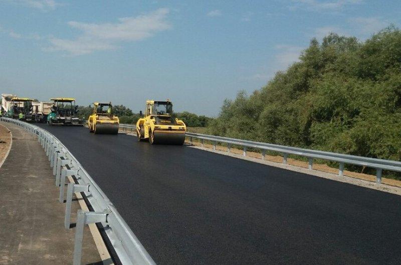 Капітальний та поточний ремонт на автодорогах Хмельниччини